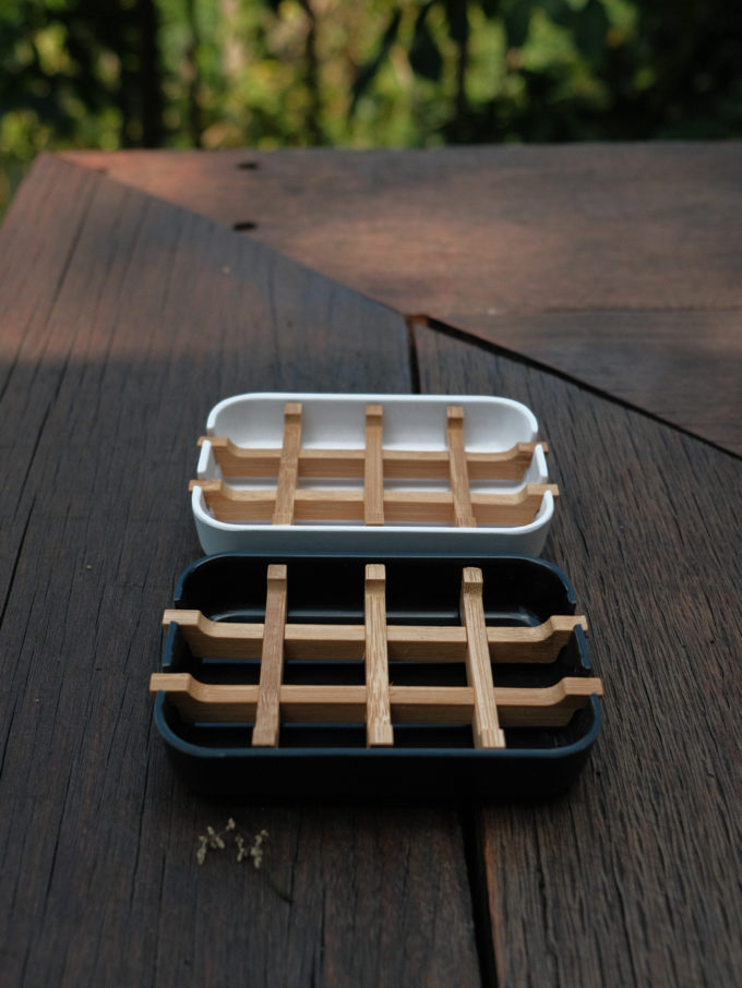 Plastic-bamboo-dish-black_2